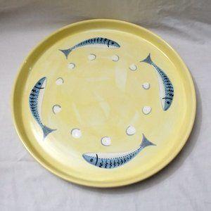Deruta Tiriouzzi Adorned w/Blue Fish Serving Tray
